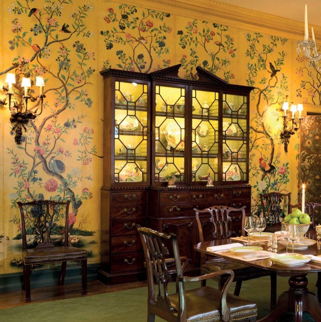 22 BreathTaking Interiors with de Gournay Wallpaper