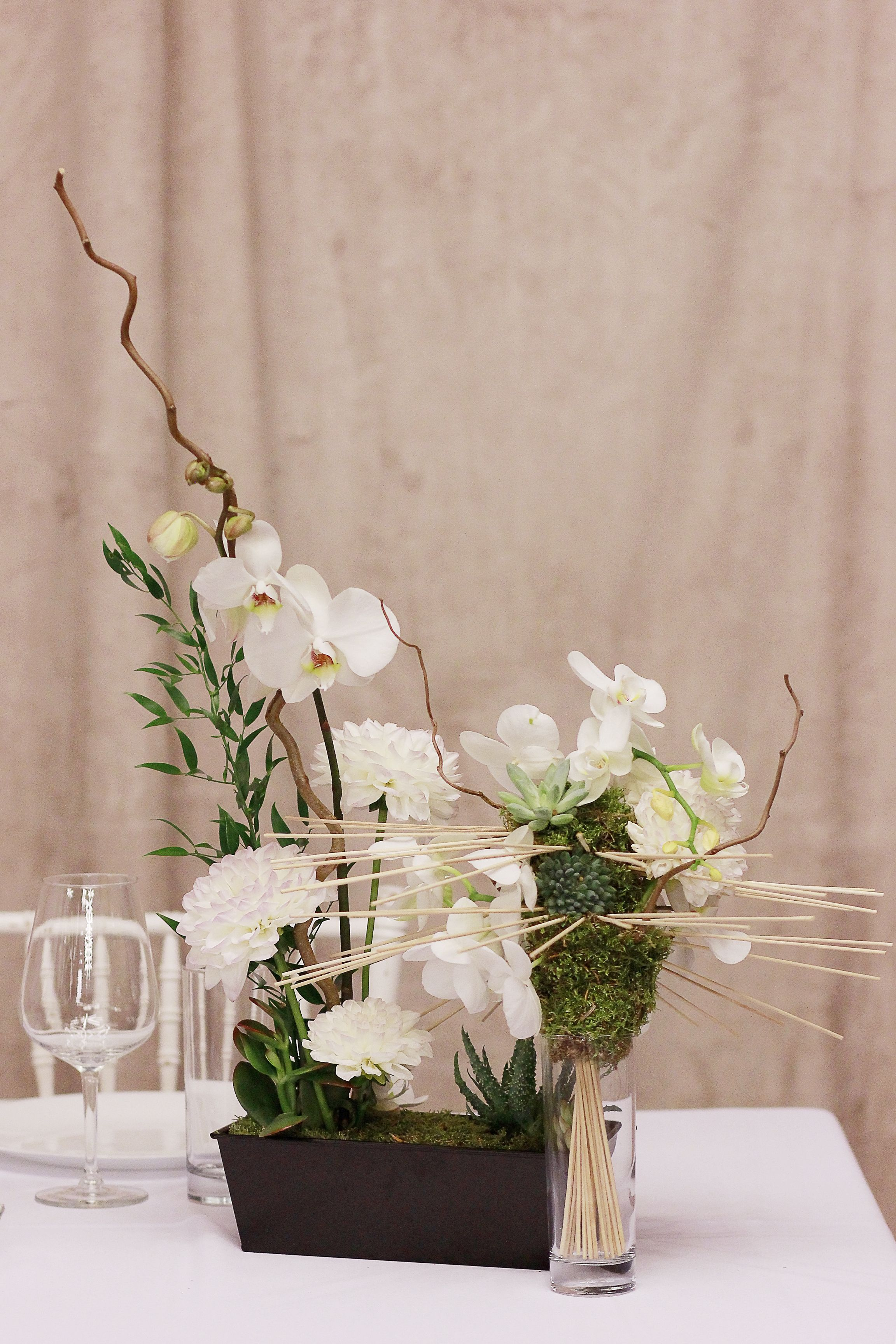 Exelent Orchids For Wedding Centerpieces Image - The Wedding Ideas ...