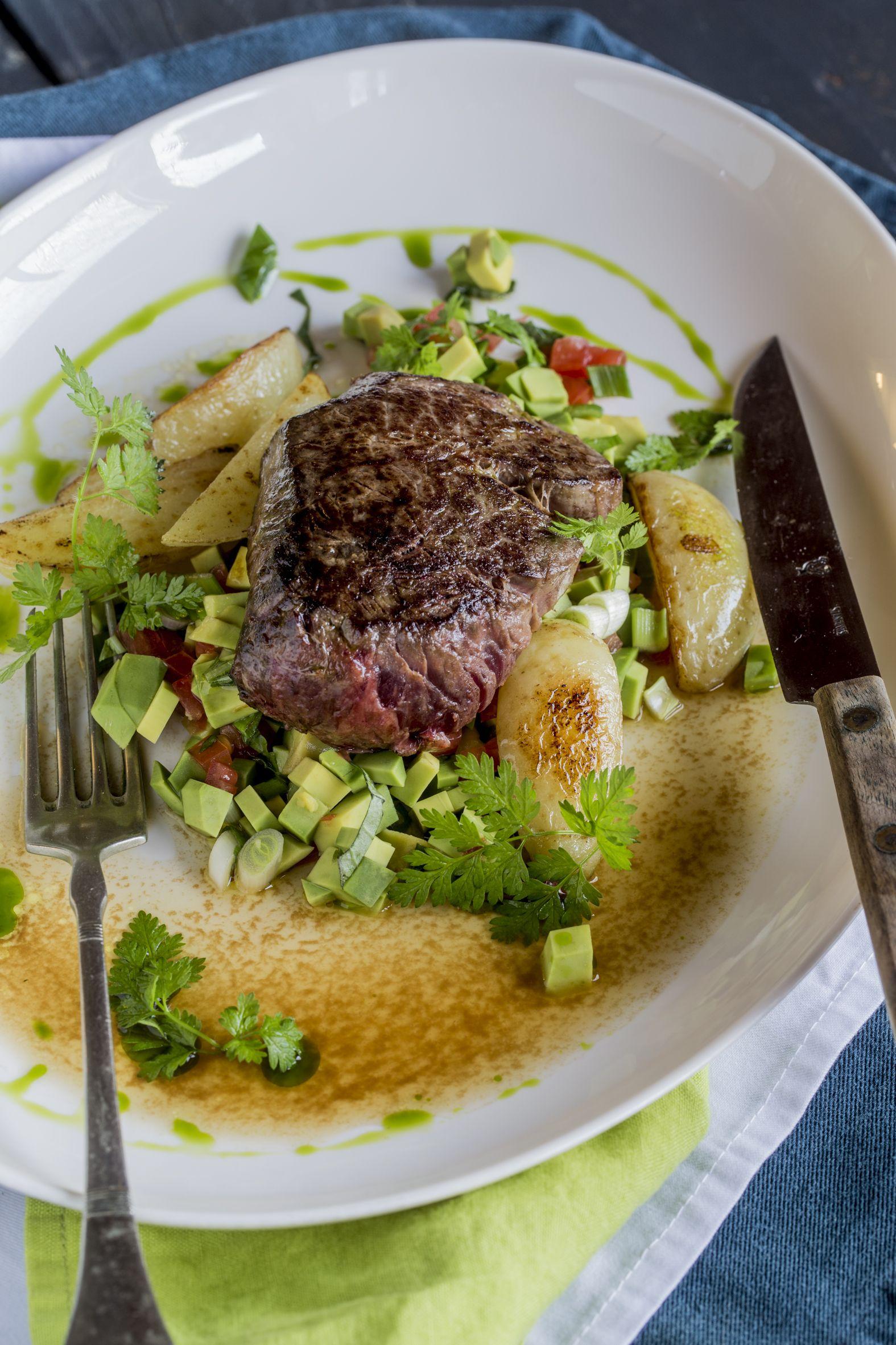 Martiniben pácolt steak - - Igazi ínyencség vár rátok, ha..