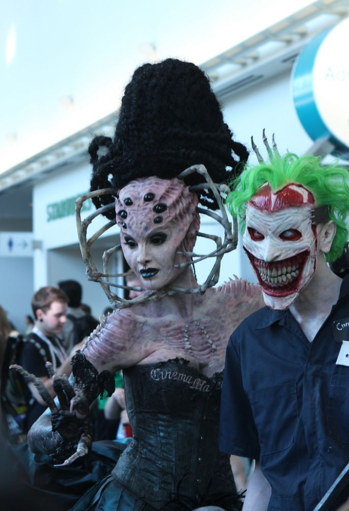 LOOK: The Best Costumes At Comic Con | Comic con cosplay ...