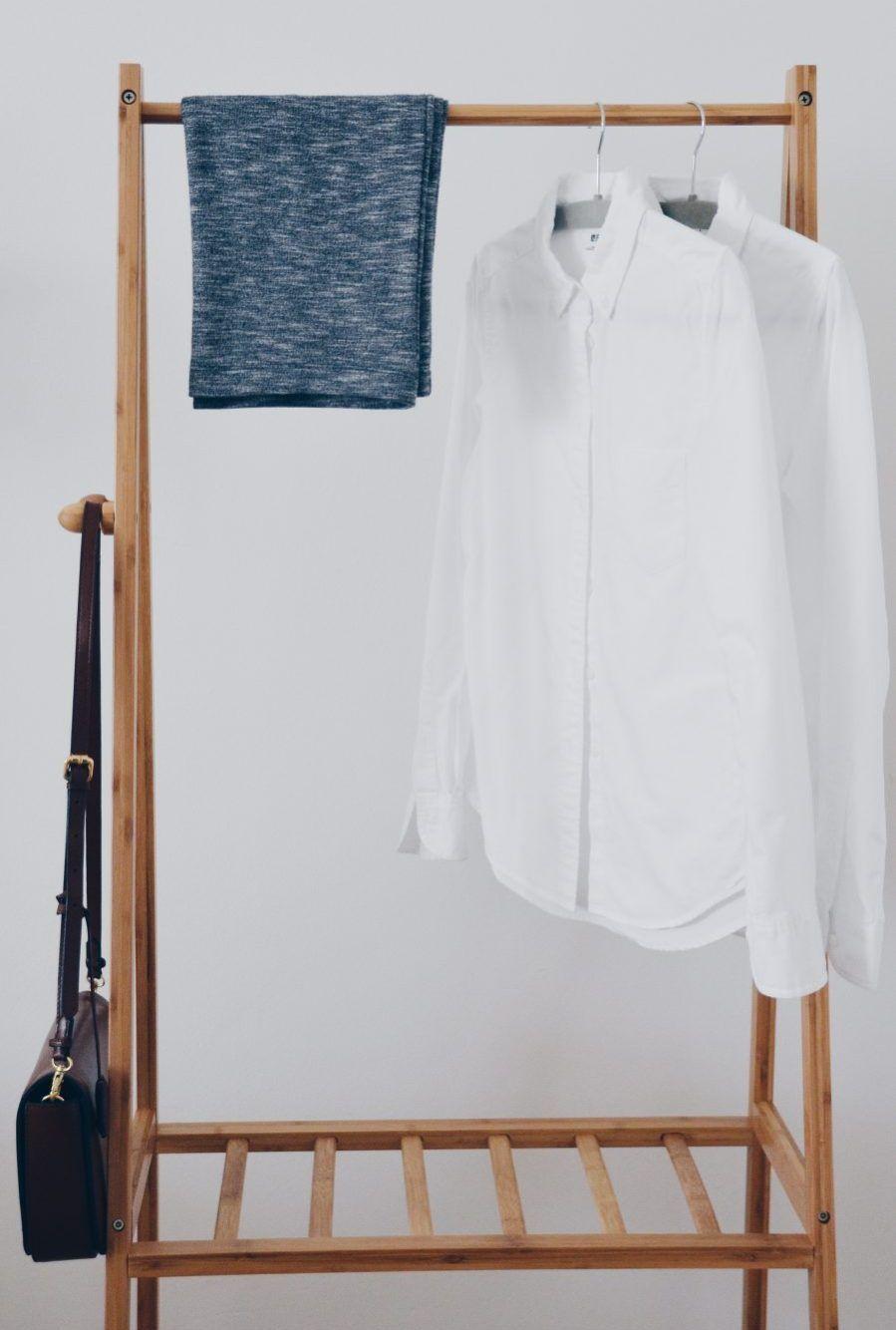 Eine Capsule Wardrobe macht Dein Leben um so vieles einfacher.   modernslow.com