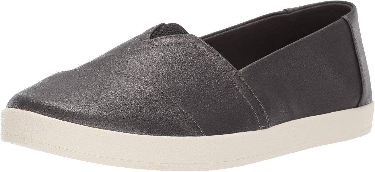 b84abc5a20a38 Amazon.com | TOMS Women's Avalon Loafer, Black Pearlized, 5 Medium ...