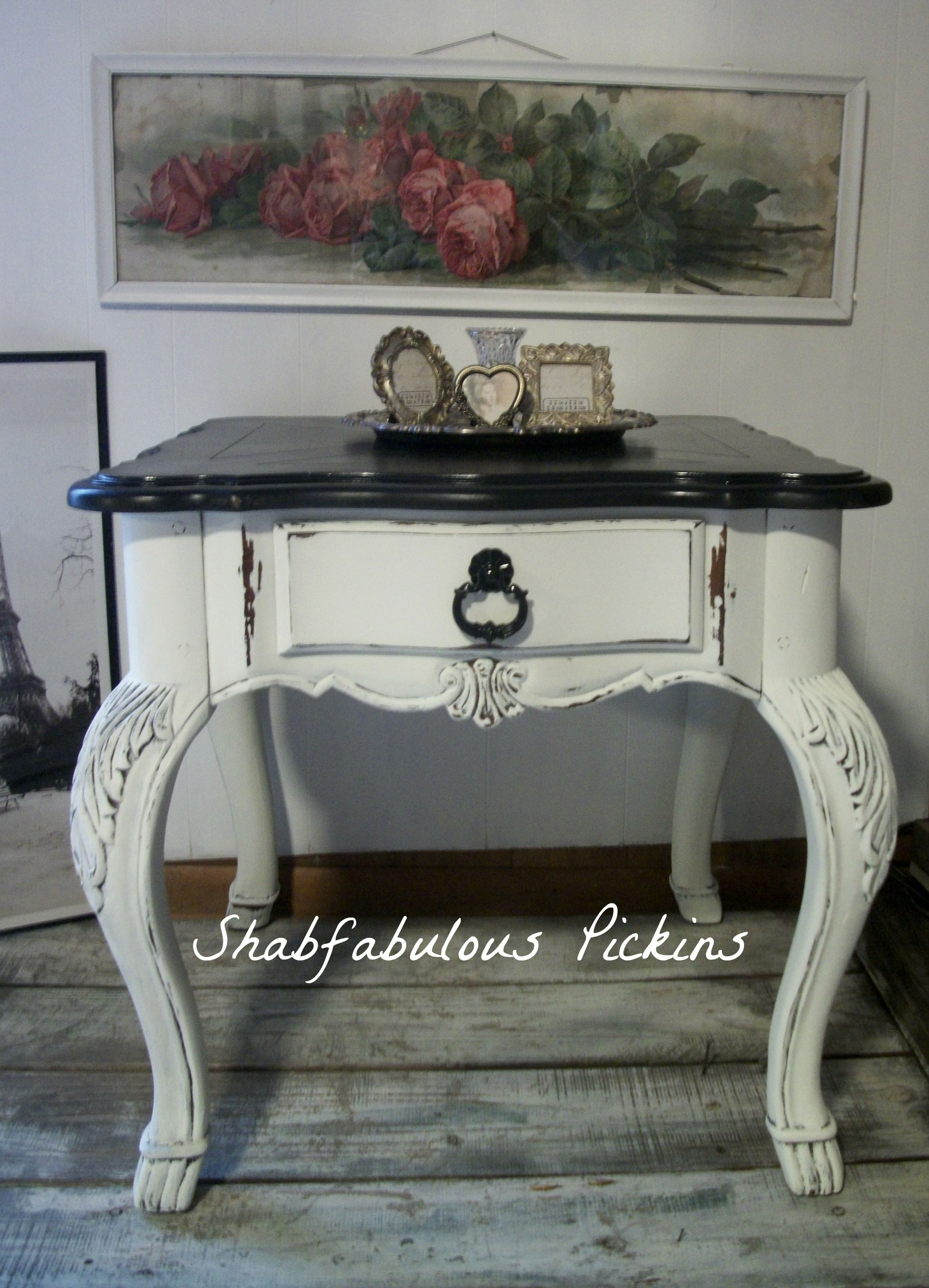 Vintage Broyhill French Provincial End Side Table Shabby French