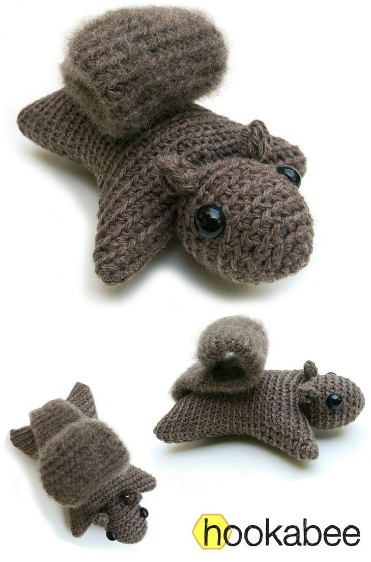 Hanna the squirrel amigurumi pattern by /hookabee/ | Crochet pillows ...