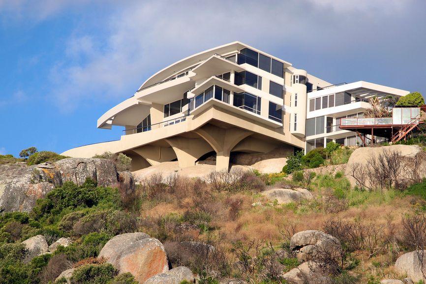 32 modern home designs photo gallery exhibiting design for Modern house on stilts