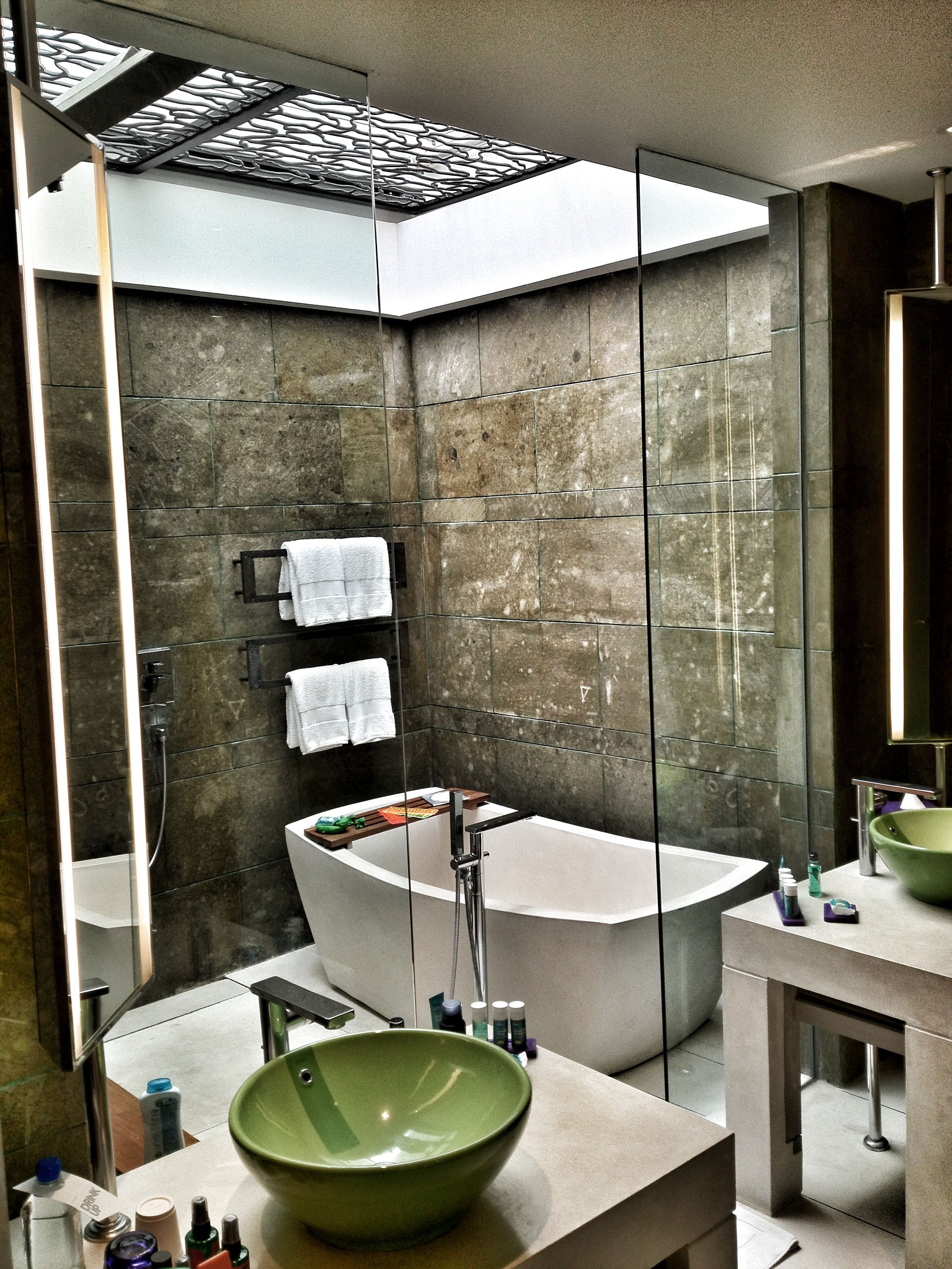 The W Hotel, Bali ... Skylighted bathroom bliss! (and fab body