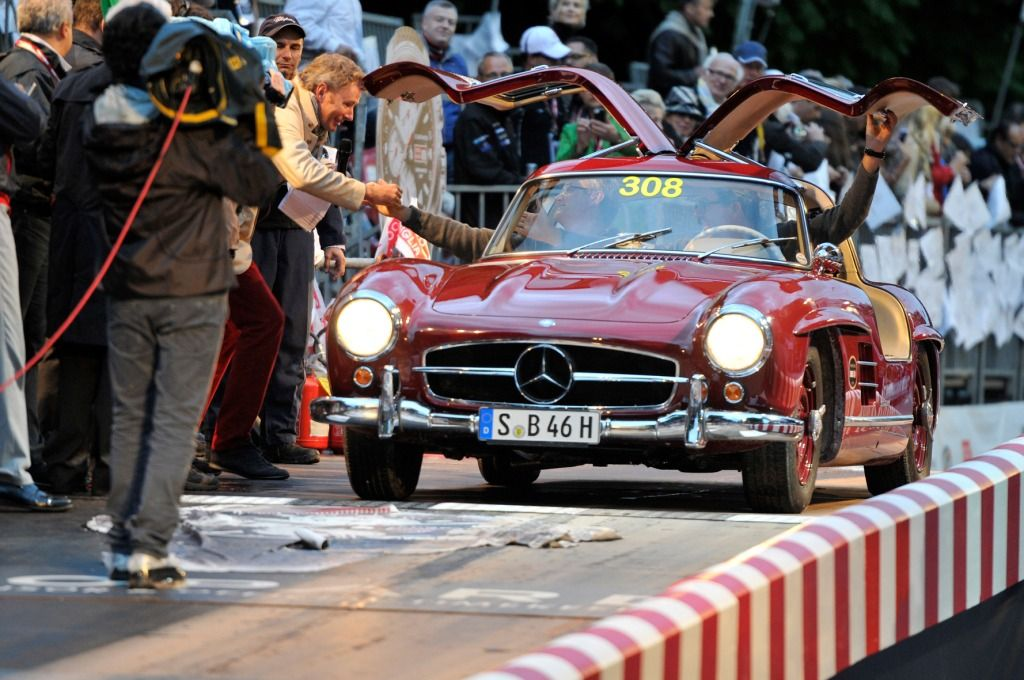 Strong Showing From MercedesBenz Classic At The 2014