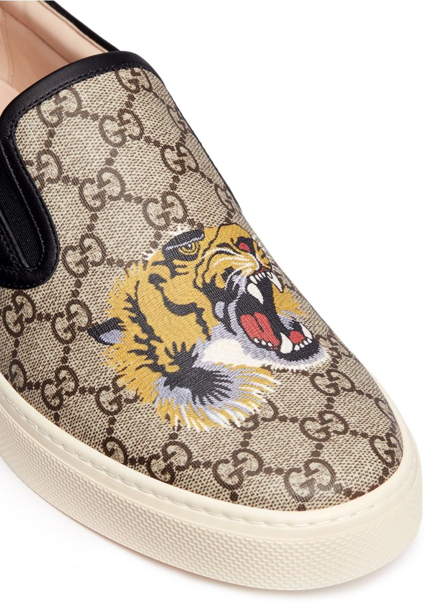 90c4cdf41fce1 Gucci -  gg Supreme  Tiger Print Canvas Skate Slip-ons