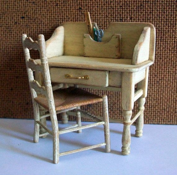 Marquis Miniatures: Miniature Desk And Chair (1 Inch Dollhouse Scale) By