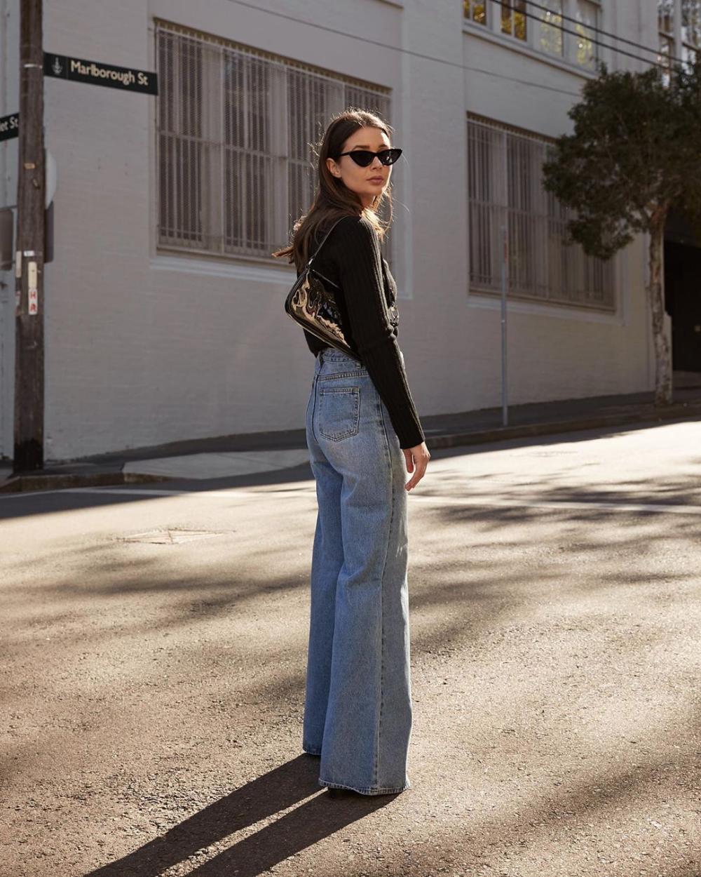 Sara Crampton Of Harper Harley Instagram Outfit Idea For Spring Black Cat Eye Sunglasses Black Top 90s Womens Black Dress Pants Denim Fashion Fashion [ 1250 x 1000 Pixel ]