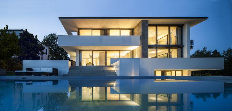 Traumhaus modern mit pool  Axthelm Architekten, Neubau eines privaten Wohnhauses, Potsdam ...