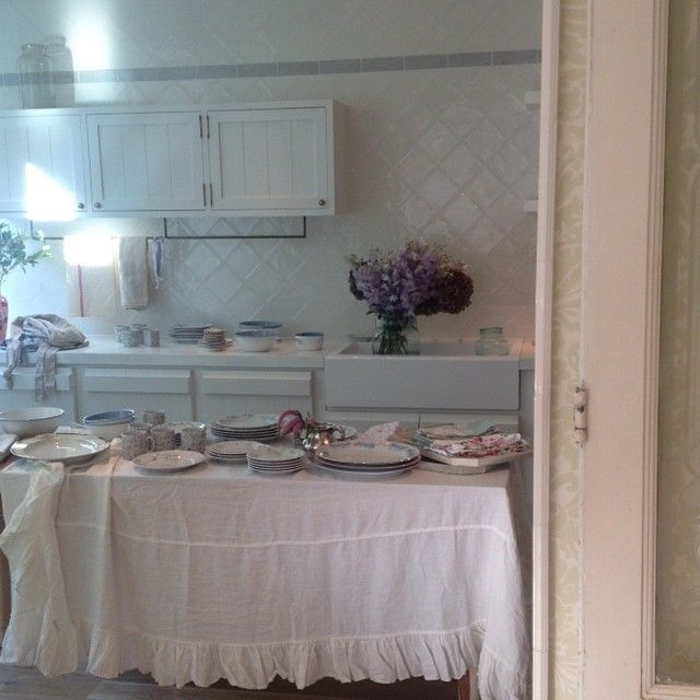 Interesting Facts About Shabby Chic Country Kitchen Design: Shabby Chic Kitchen In 2019