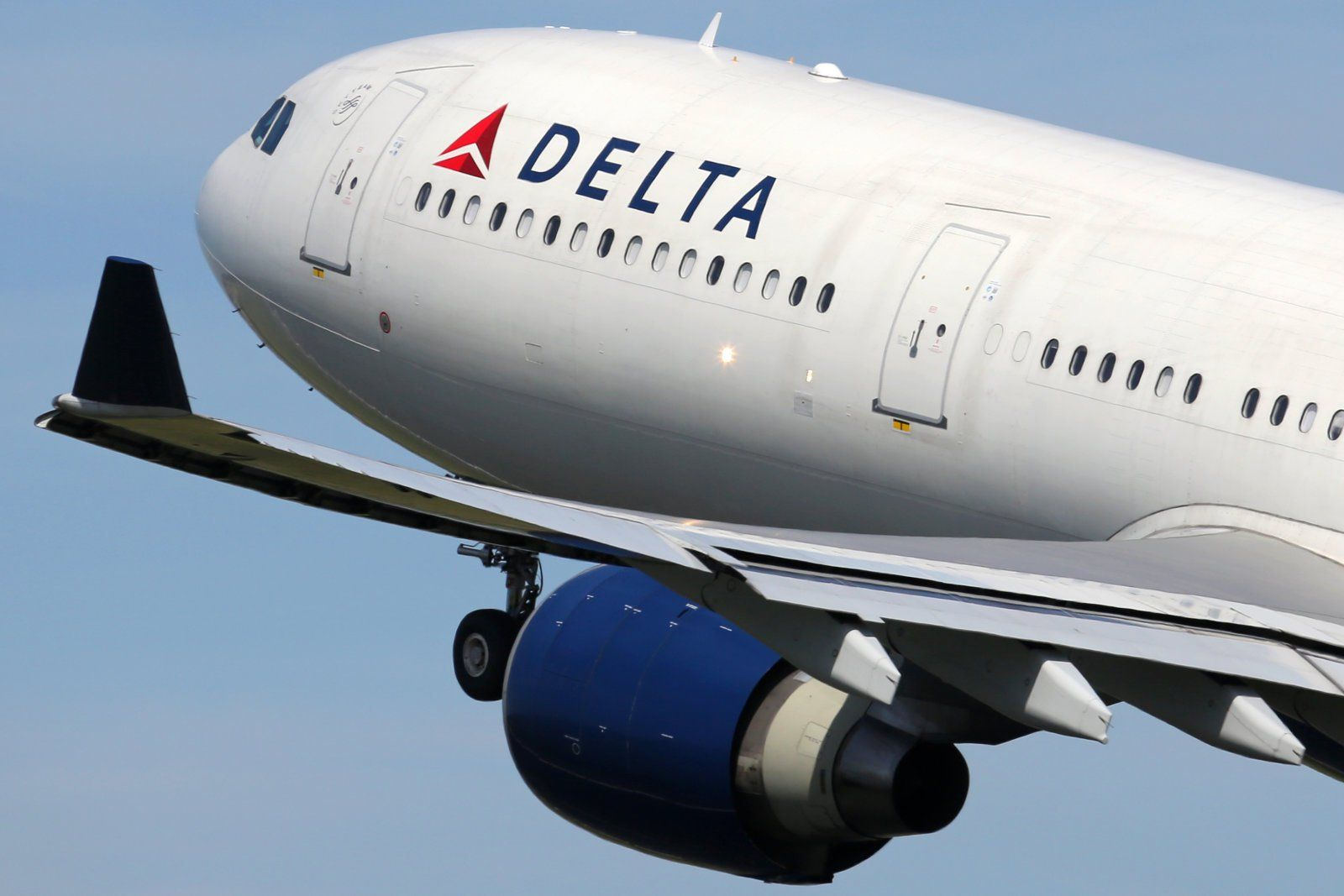Delta adds free messaging to its WiFienabled flights
