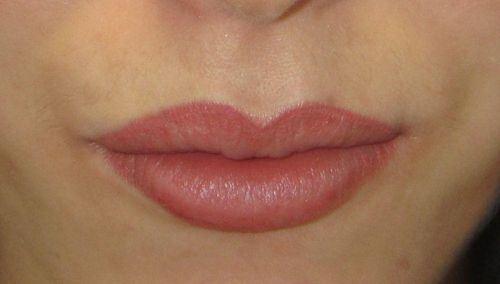 Cosmetic lip tattoo students work cosmetic lip tattoo