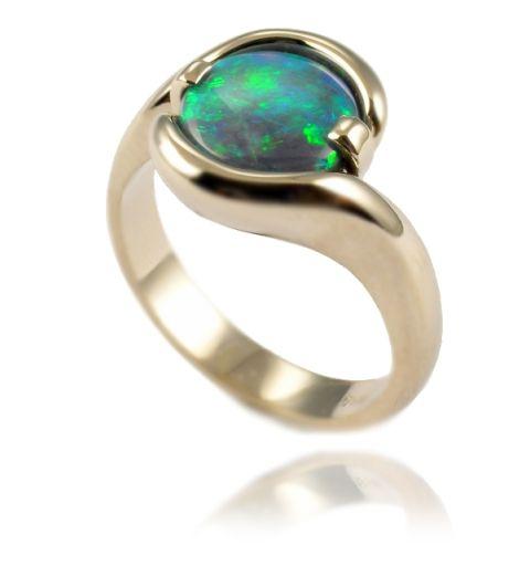 Resultado de imagen para opals Rings