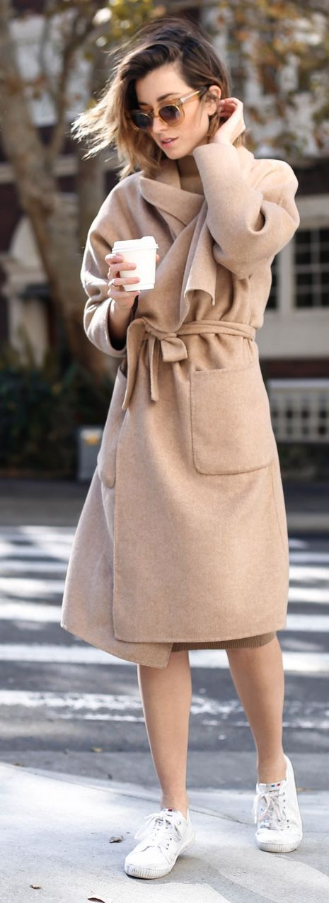 Camel Coat Relax Chic Style