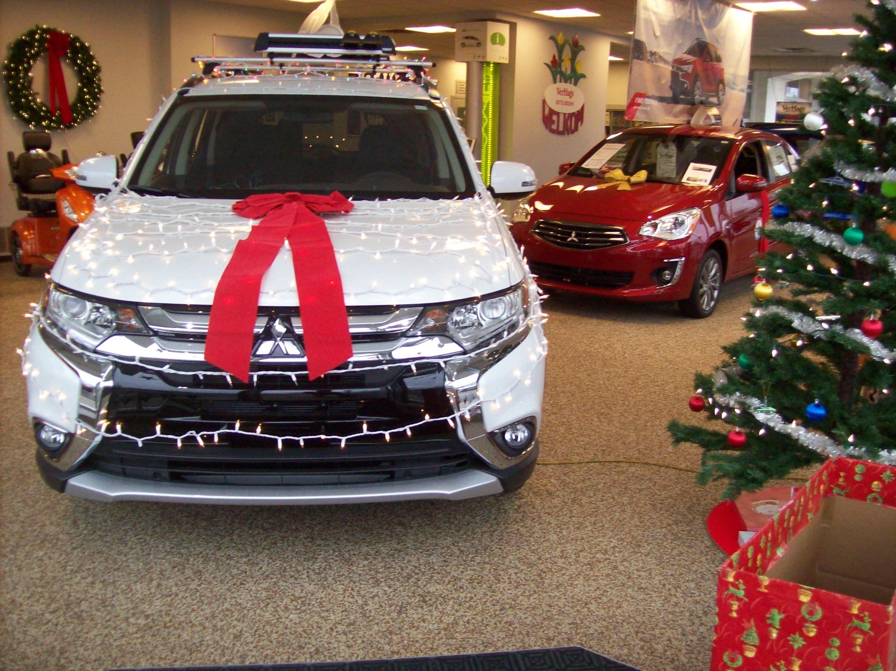 Verhage Mitsubishi Holiday Showroom