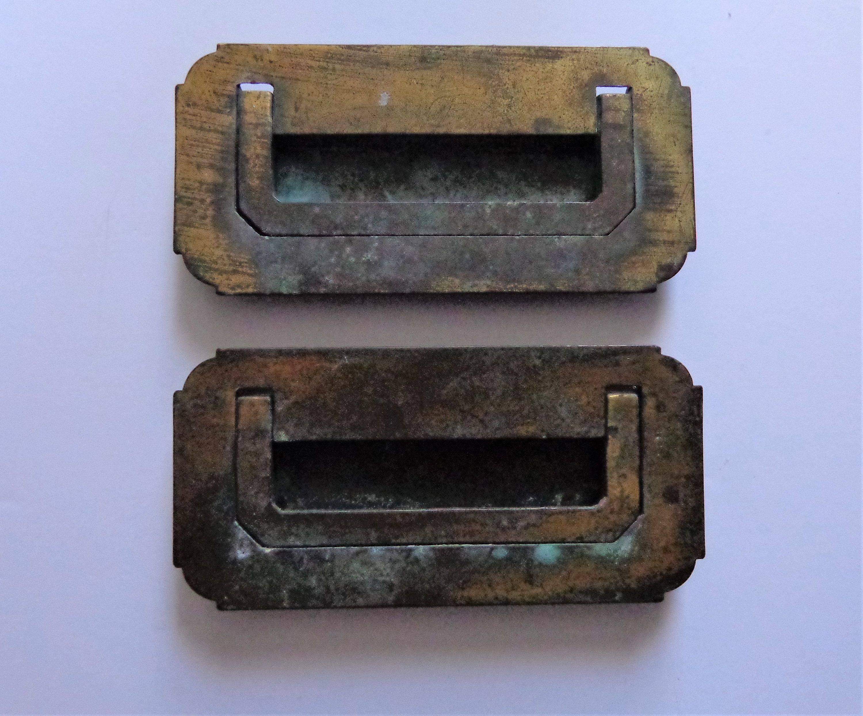 Vintage Box Style Drop Pulls 3 75 In Centers 2 Recessed Steel