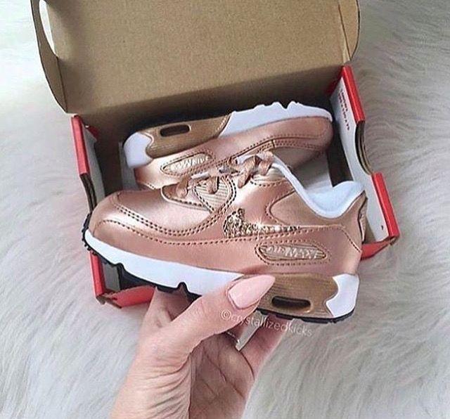 Chaussure Pour Bébé, Couleurs Blanches, Cristaux, Mode Enfant, Le Pied,  Pieds, Taille, Chaussures Or Rose, Nike 90 Air Max