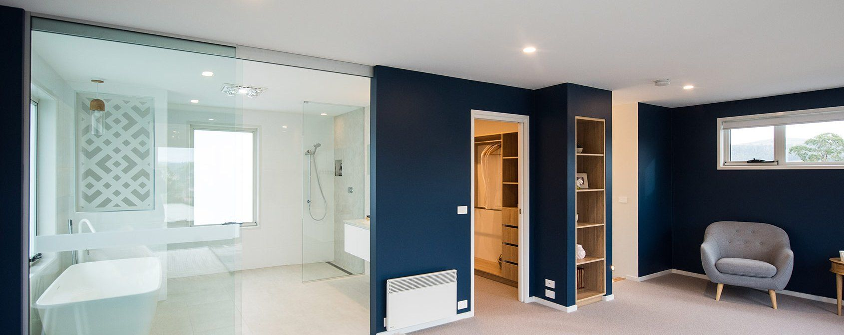 A master bedroom worthy of Hollywood - Sapphire Home Design - On display at Kingston TAS & A master bedroom worthy of Hollywood - Sapphire Home Design - On ...