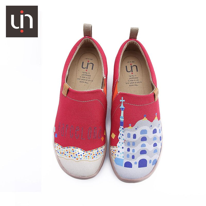 Uin Guangzhou China Wholesale Red Walking Canvas Fancy Running Slip On Panish Printed Traval Woman Shoes Painted Canvas Shoes Women Shoes Shoes