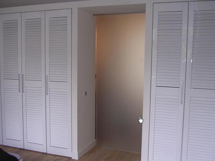inbouwkast met louvre deuren home pinterest bedrooms. Black Bedroom Furniture Sets. Home Design Ideas