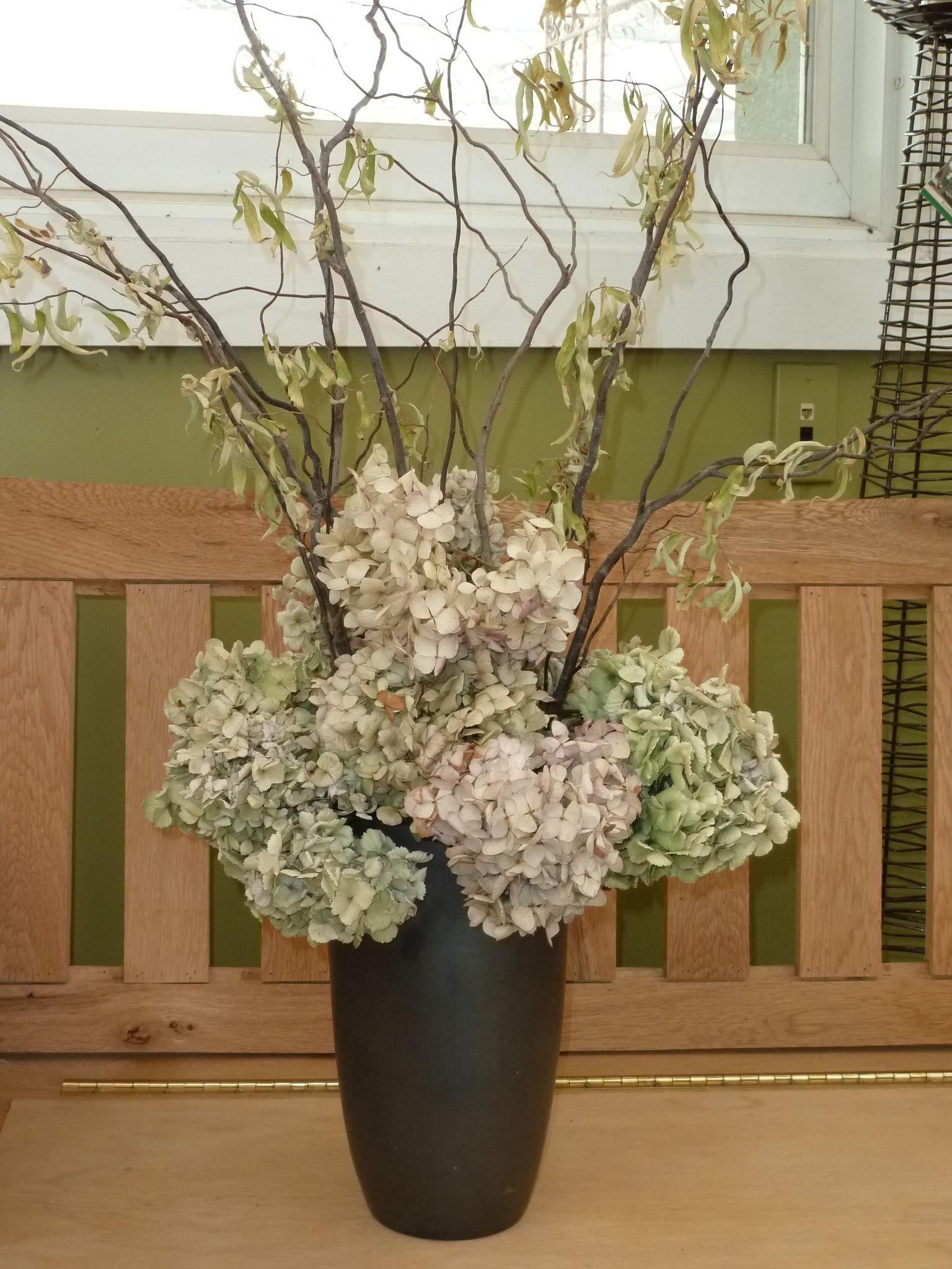 The Art Of Dried Flowers Hydrangea Arrangements Dried Hydrangeas Centerpiece Dried Flower Arrangements