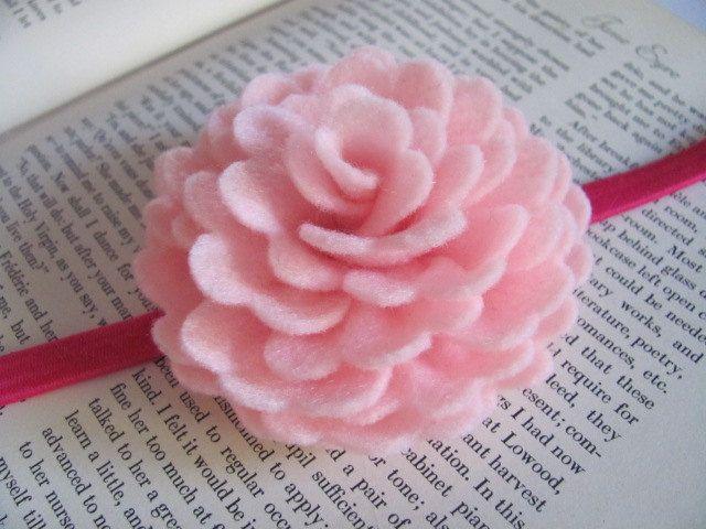 Felt Rose Pattern Violette Rose Felt Flower Brooch Rose Etsy In 2020 Felt Flower Tutorial Felt Roses Felt Flowers