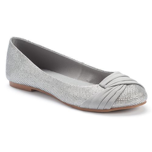 SO® Women's Pleated Toe Ballet Flats