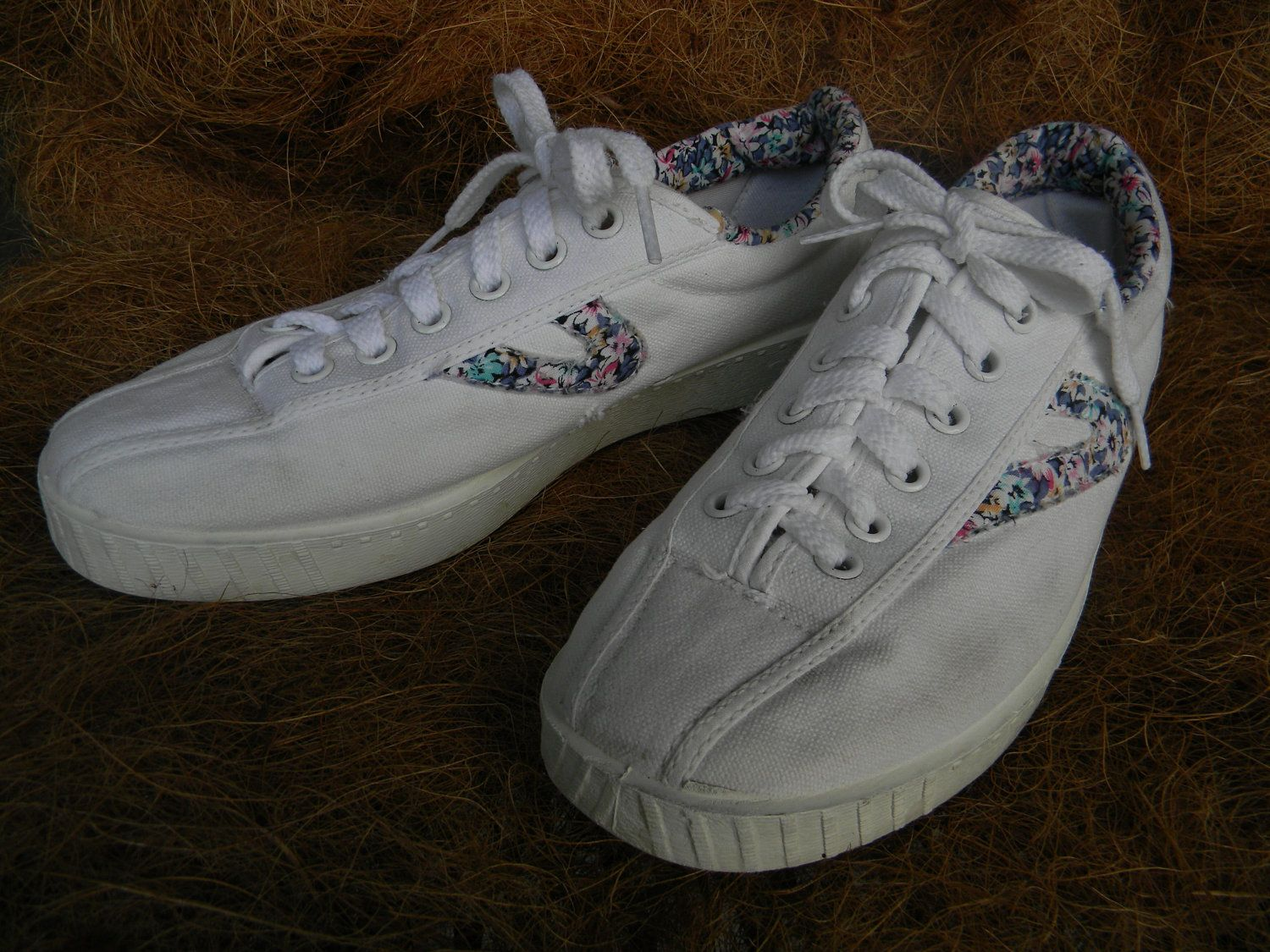 Tretorns! | Nostalgia:) | Vintage ladies, Tretorn sneakers