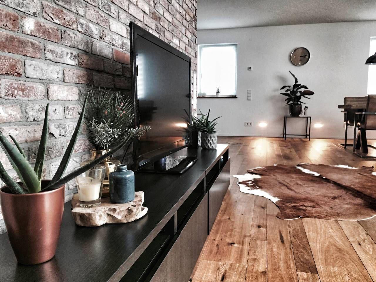 Wohnzimmerwand, TV-Wand, Antik- und Retro-Design, Klinkerriemchen