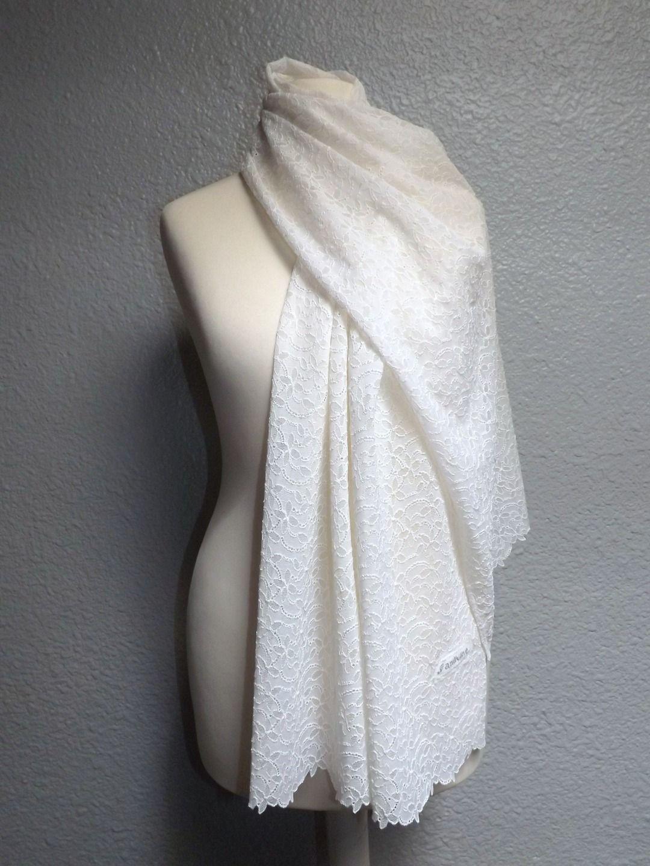 Grande étole foulard romantique tout en dentelle blanche   Echarpe,  foulard, cravate par sancrea ee9e7654895