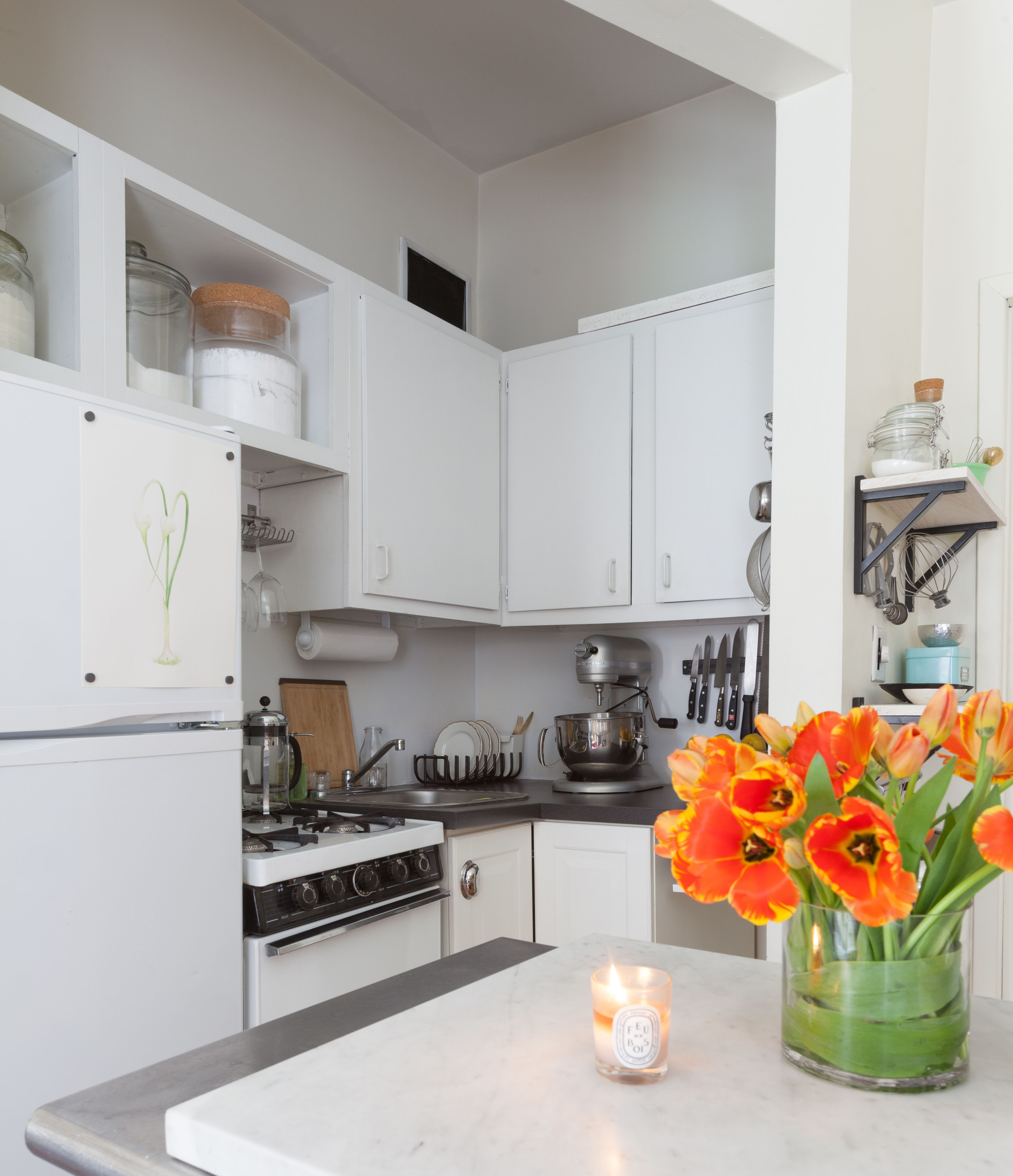 Pin it nyc studio apartments small apartments new kitchen kitchen island kitchen