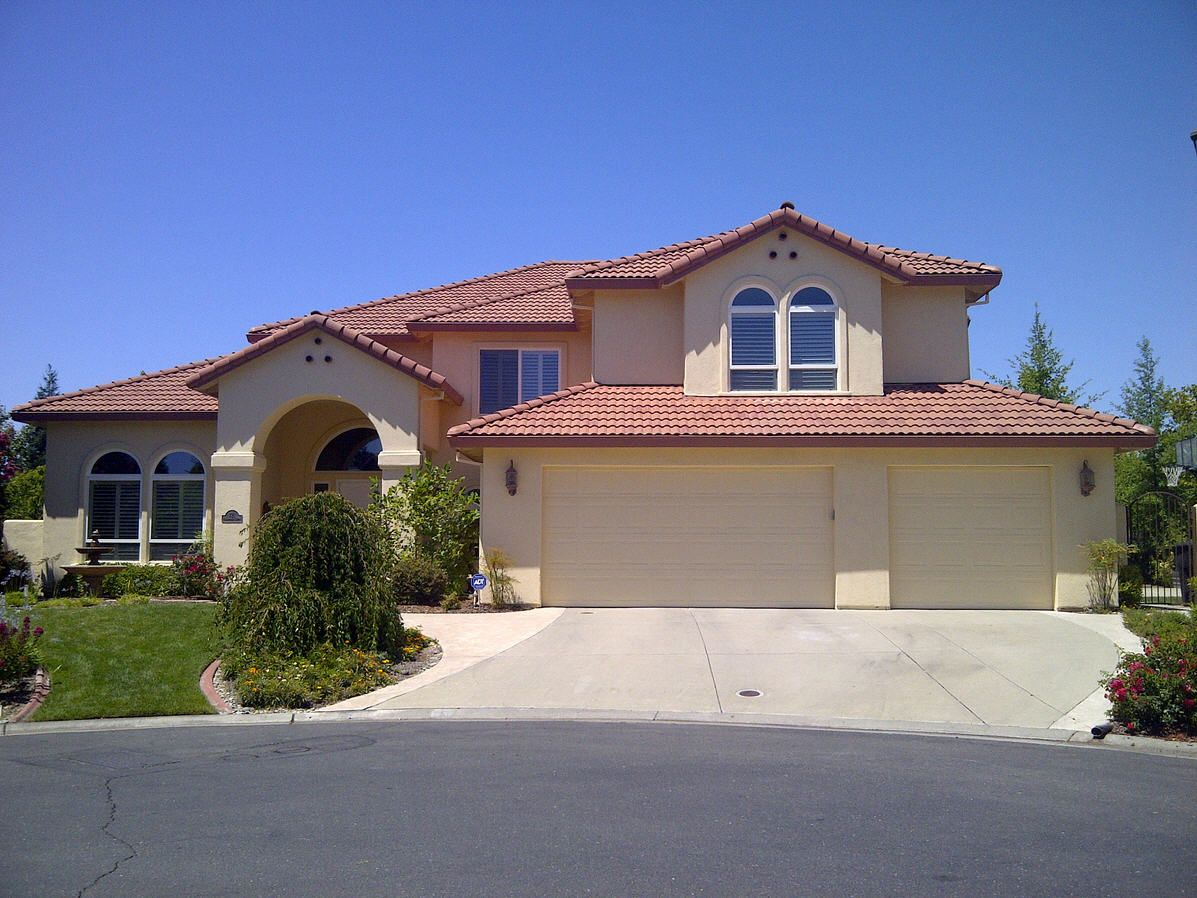 Pics Of Exterior House Colors Residential House Painters In Sacramento Ca Exterior Paint Colors For House Stucco Homes House Paint Exterior