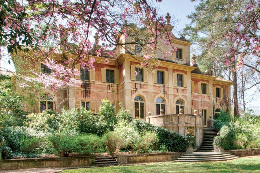 Homes for Sale Around the World Local architects Neoclassical