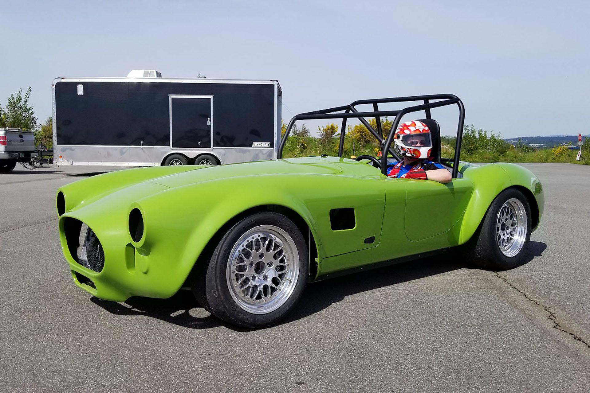 Tesla motor, Shelby Cobra body, Kia battery: watch electric