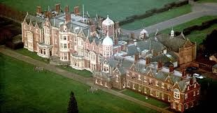 Image Result For Photos Of The Queen At Sandringham House