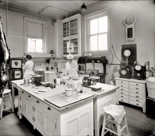 "Vintage Kitchen Photography: Washington Circa 1920. ""Home Economics Section."" A Test"