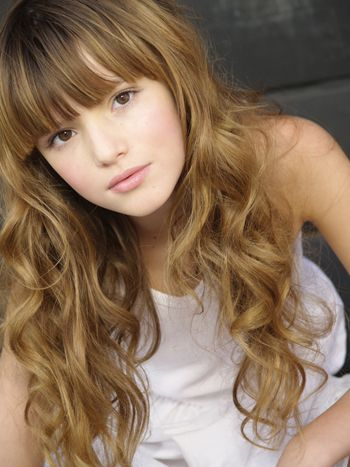 Bella Thorne Natural Hair Color