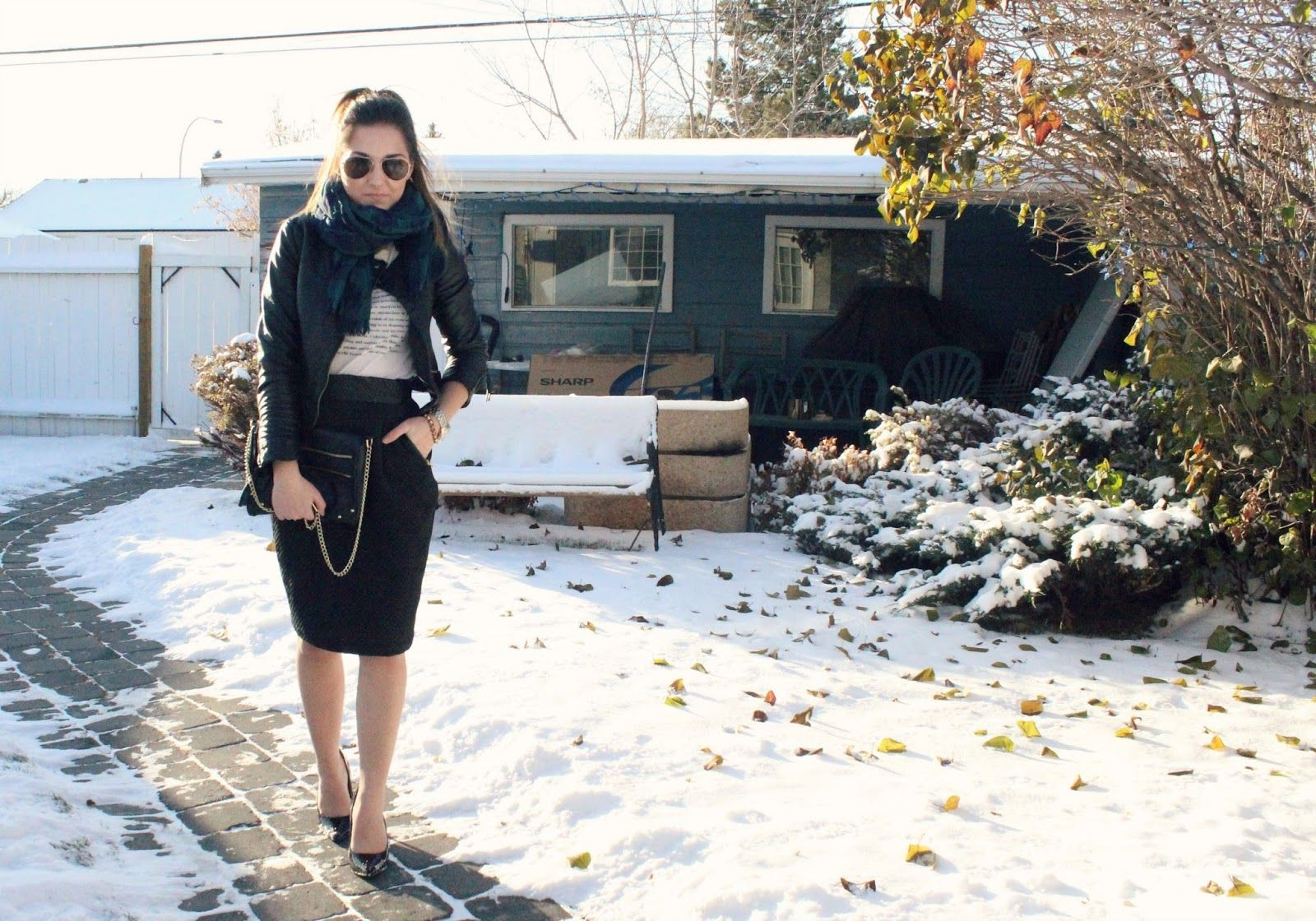 keltynkiresa.blogspot.ca pencil skirt and leather jacket. outfit