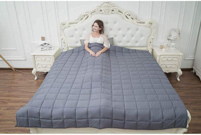Top 10 Best King Size Weighted Blankets in 2020 Reviews