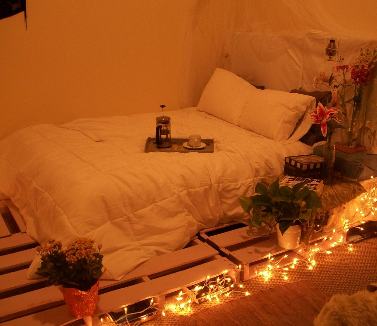 Pallet bed with lights - Pallet Bed Frame With Lights Pallet Bed Tumblr