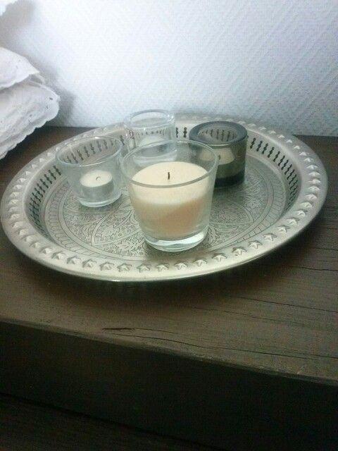 Kynttilöitä..