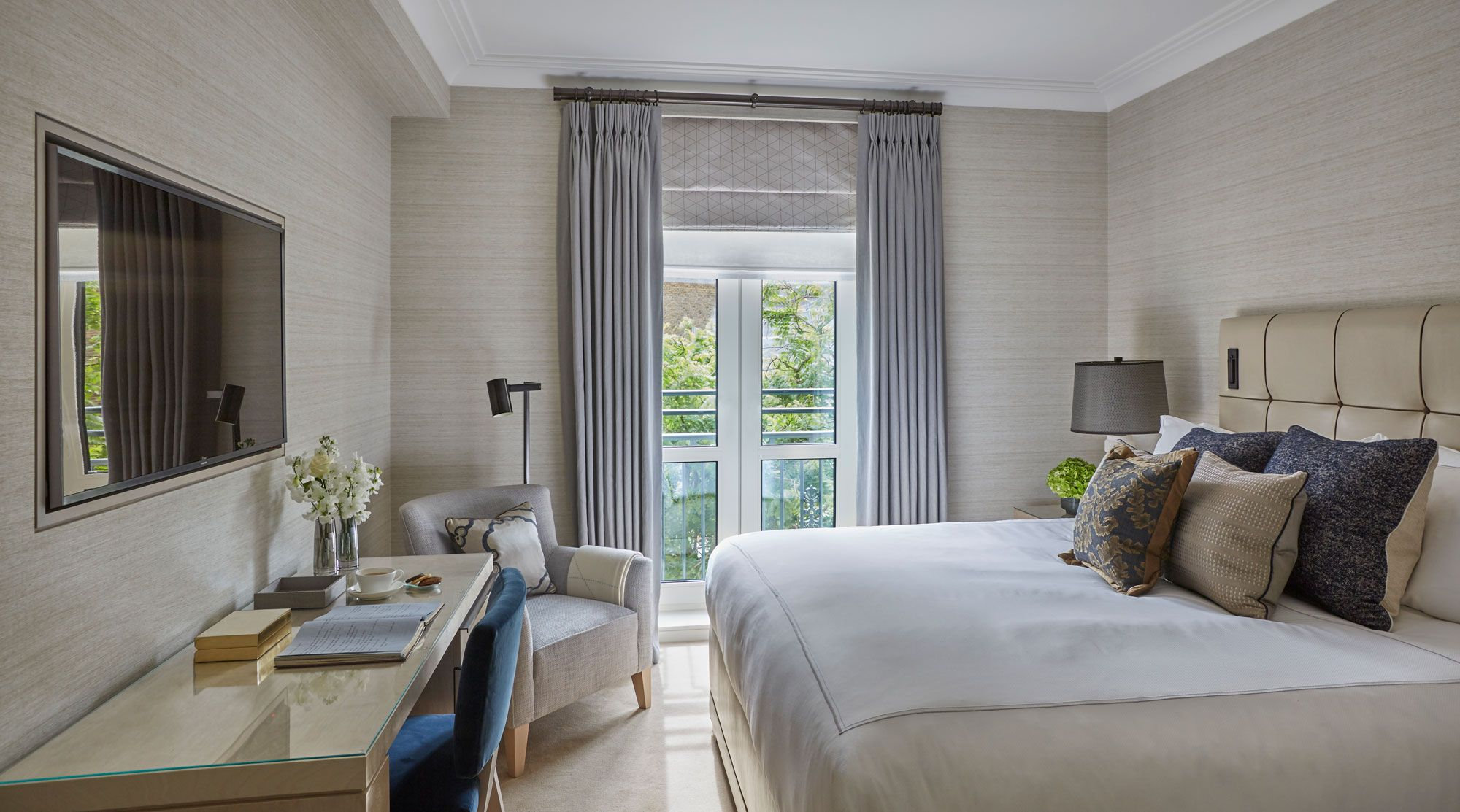 Places A Suite at the Berkeley Hotel London by Helen