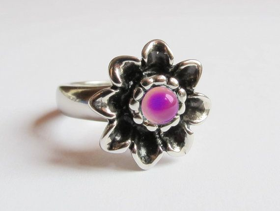 Mood Ring Stainless Steel Flower 5 mm by everise on Etsy