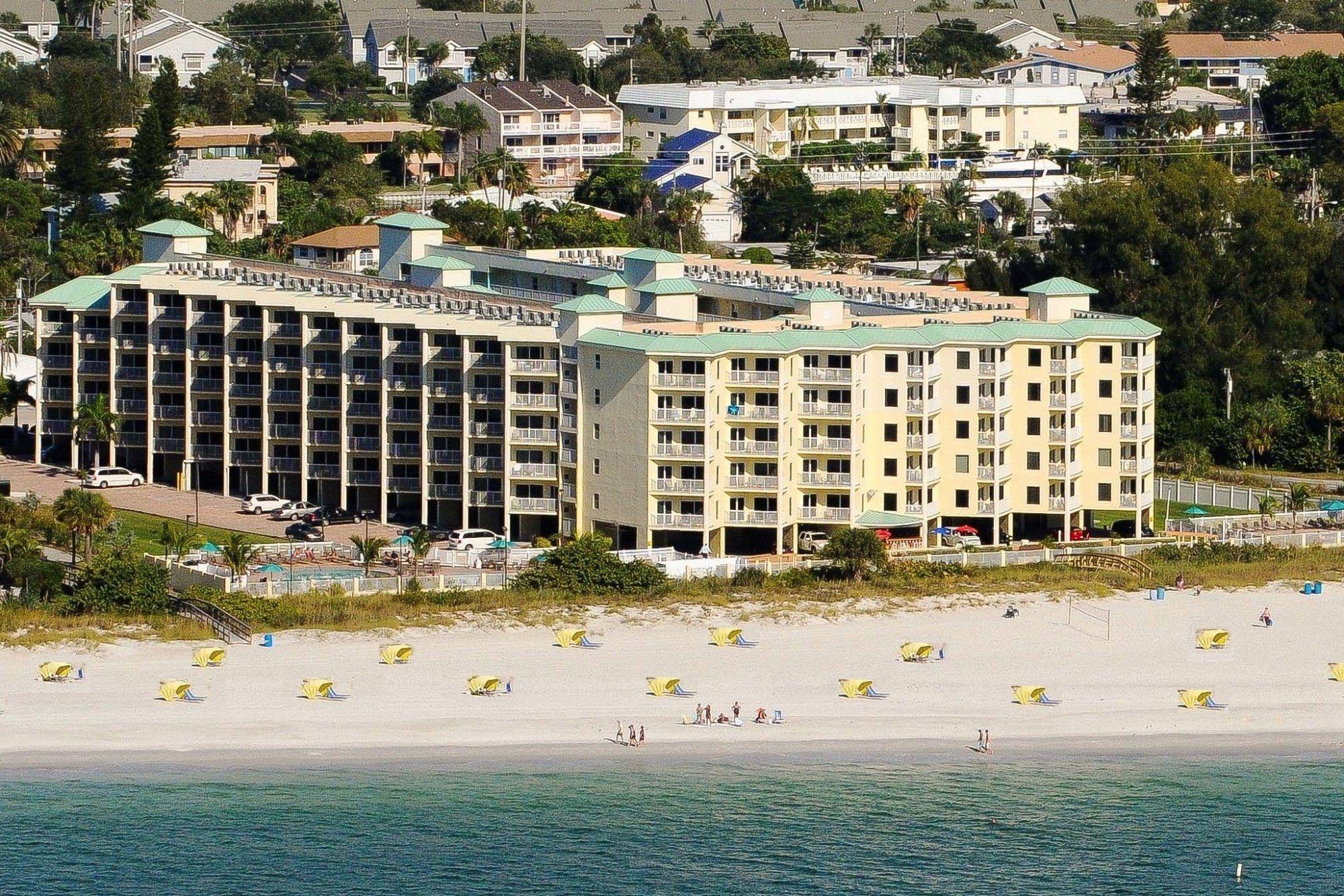 Sunset Vistas Beachfront Suites  Beach island resort