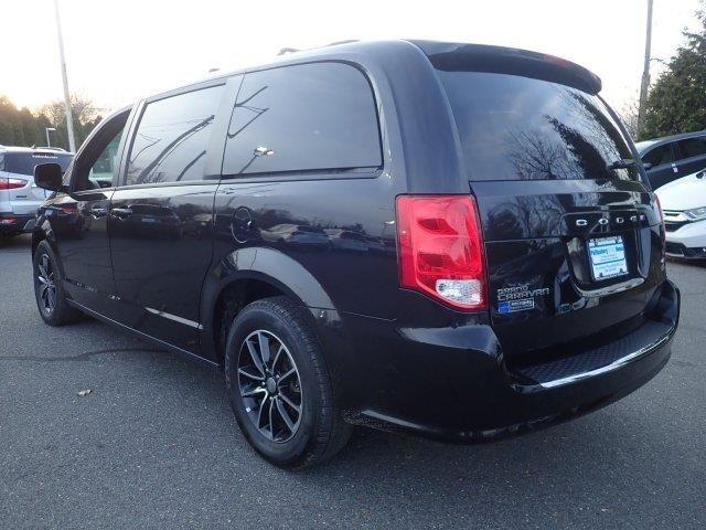 2018 Dodge Grand Caravan Gt Wagon In 2020 Grand Caravan Wagons