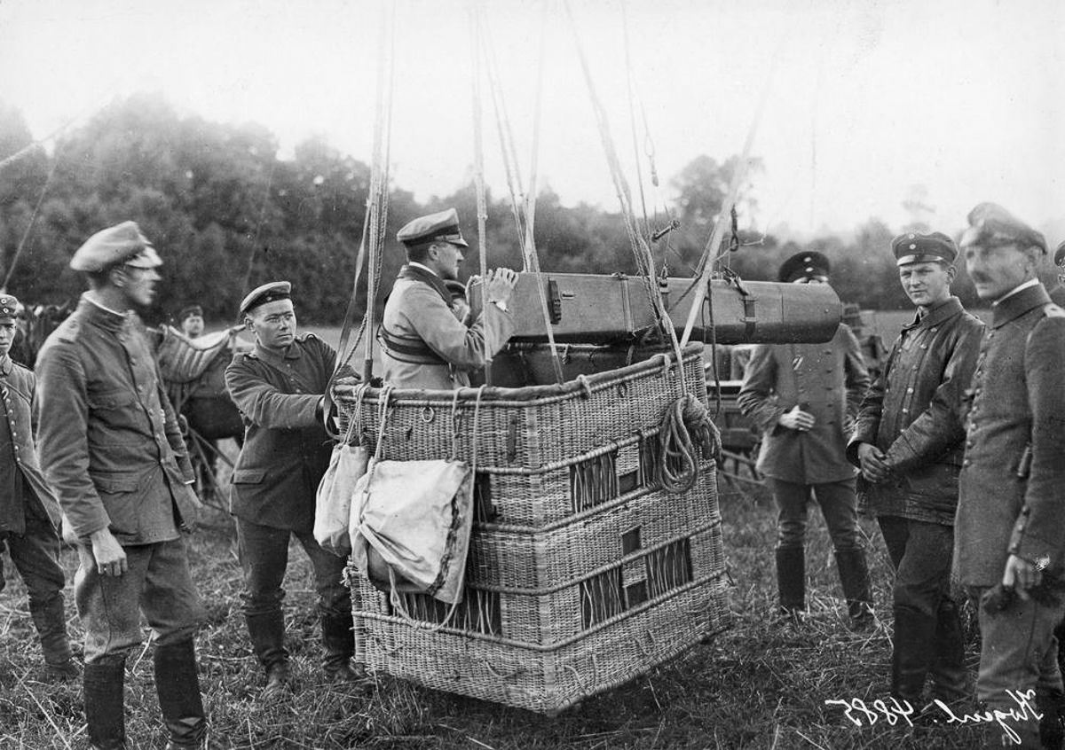 Above the trenches, Balloons of World War I. c.1916: A German observation balloon fitted with a long-distance camera.