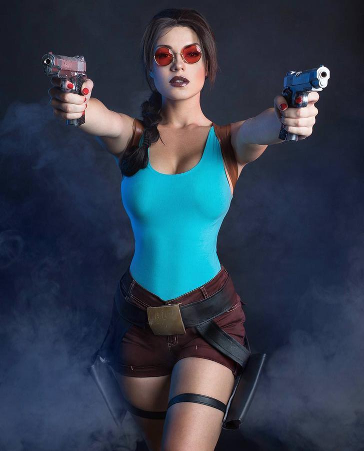 Tomb Raider Cosplay: Lara Croft (Illyne)   Croft