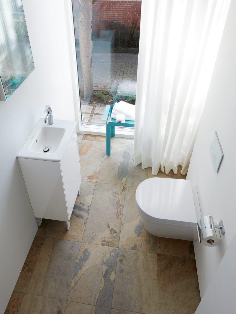 Mit Diesen Handgriffen Richten Sie Ihr Kleines Bad Ein Kleine Badezimmer Kleine Bader Bad Einrichten